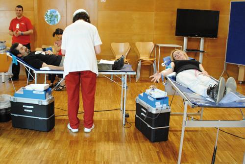 El Banc de Sang tornarà a l'octubre al Centre Cultural // AP