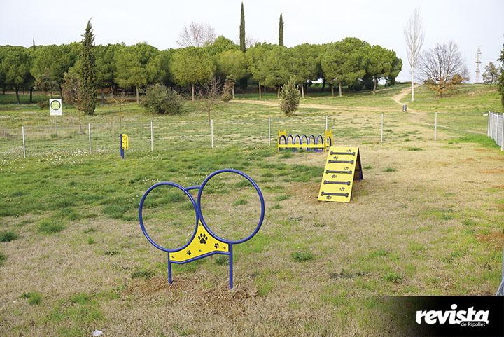 Parc-per-a-gossos-Pinetons-4