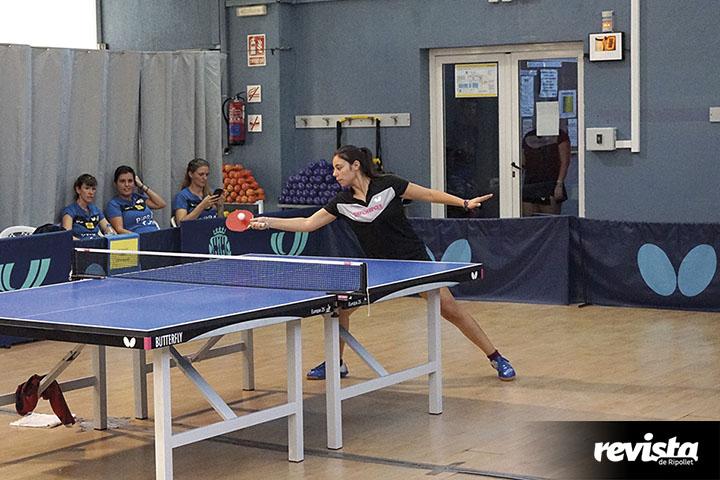 Tenis Taula Femeni (100)