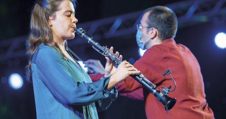 Entrevista FOTO MARTA 3 (Concert). Foto - XAVI OLIVÉ